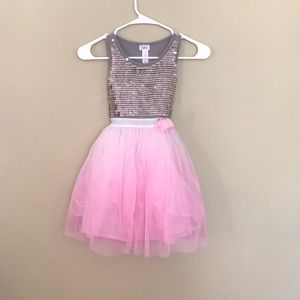 Justice brand size 7 dress pink and silver tulle